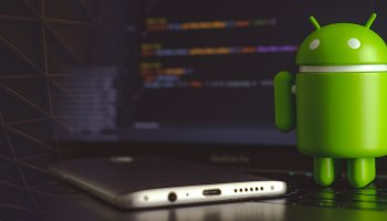 android system webview app